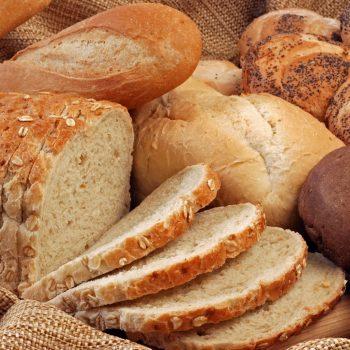Чим небезпечний білий хліб?